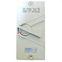 WeatherProof Isolator 3P 20A